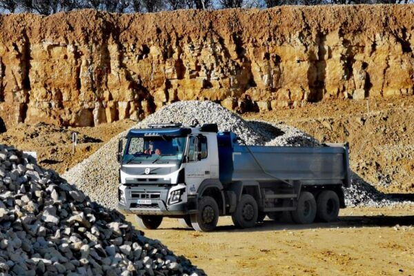 Tipper Lorry transporting aggregates